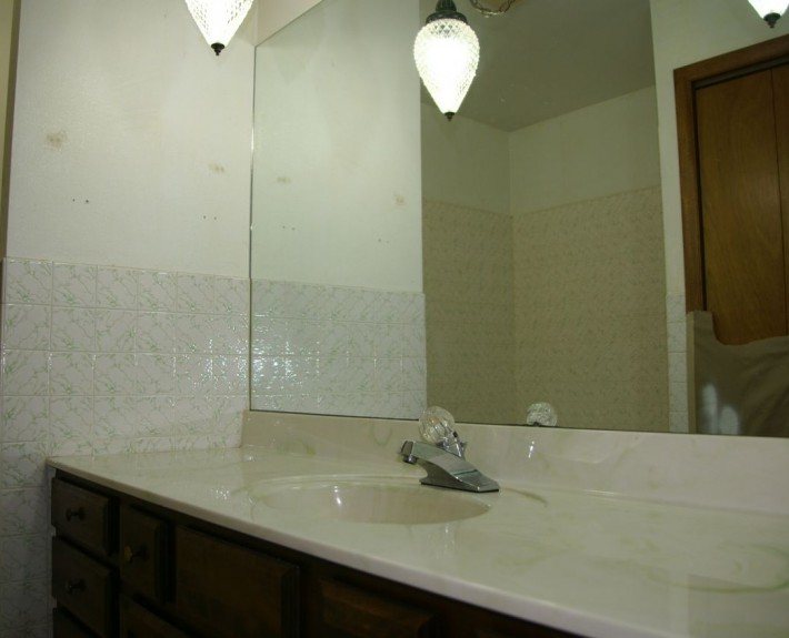 Countertop Replacement Company : Countertop Repair and Tile Refinishing in Denver, CO