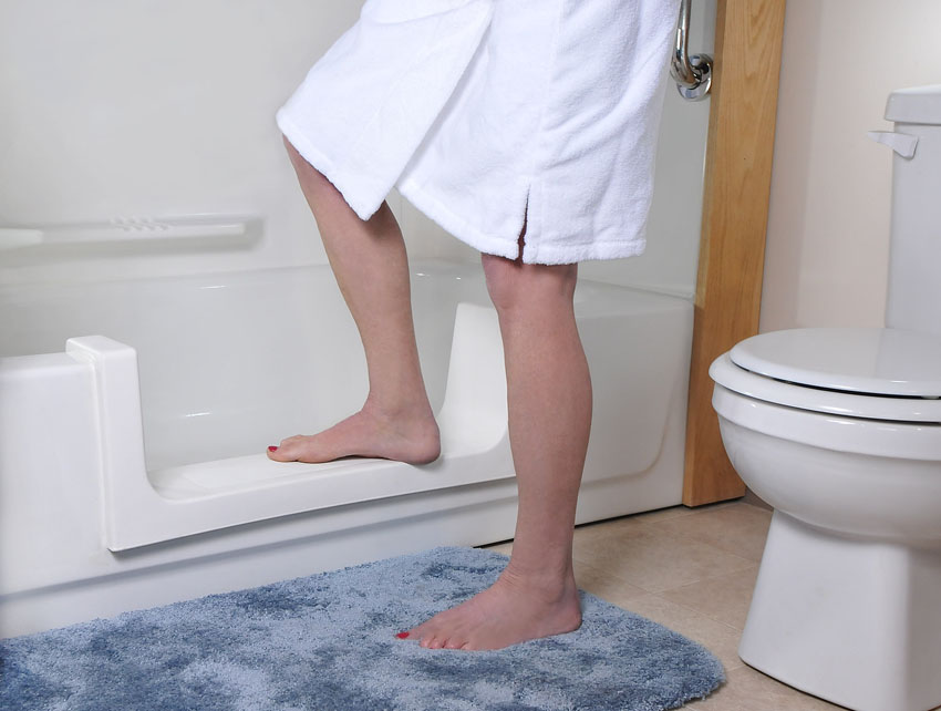Denver Walk-In Bath Tub Conversions | CO Tub Repair