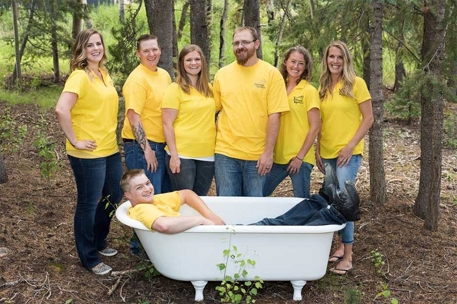 team-in-yellow-with-tubv2